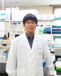 Ttiến sĩ Seong-Soo Roh, Đại học Y khoa Hàn Quốc, Đại học Daegu Haany, Hàn Quốc